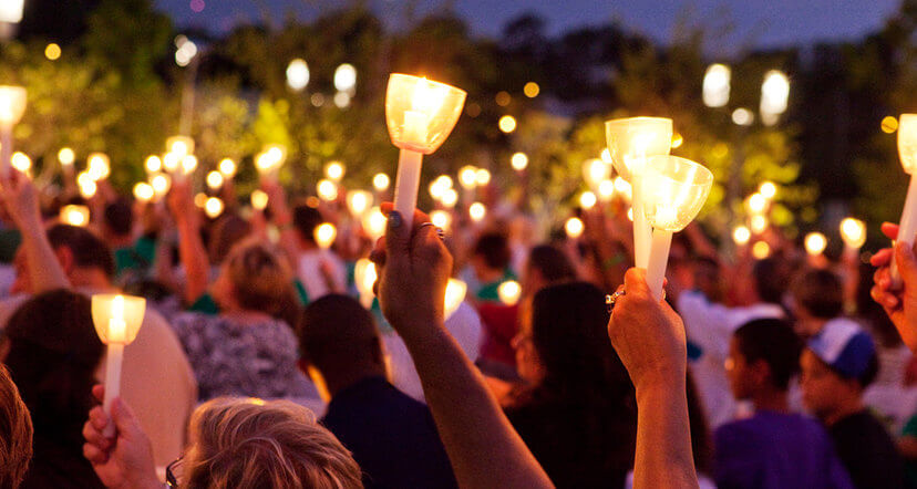 Candlelight Memorial honoring organ and tissue donors